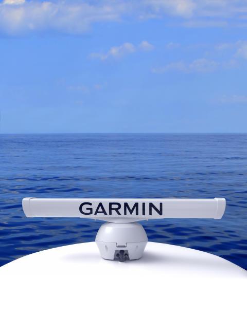 Neue FantomTM-Serie: Garmin® unterstreicht seine Marktführerschaft durch neue leistungsstarke Solid-State-Radargeräte