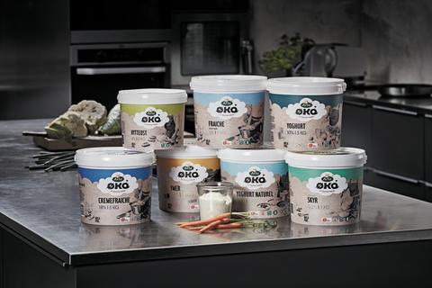 Arla klar med nyt bæredygtigt initiativ: Flere end 200.000 plastikspande til økologiske fødevarer kan nu genbruges