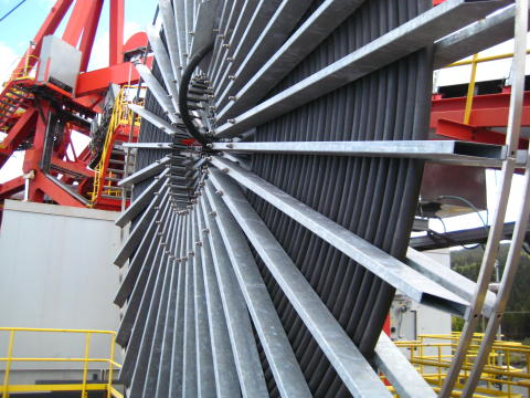 Cavotec builds 9.2m-drum crane cable reel