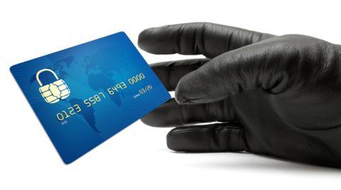 Antalet registrerade UC bedrägerispärrar ökade med 48 procent 2014!