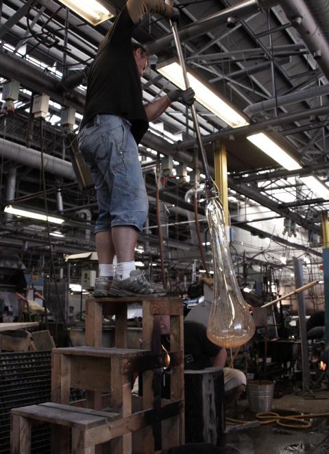 Våler Kirke lamper i produksjon