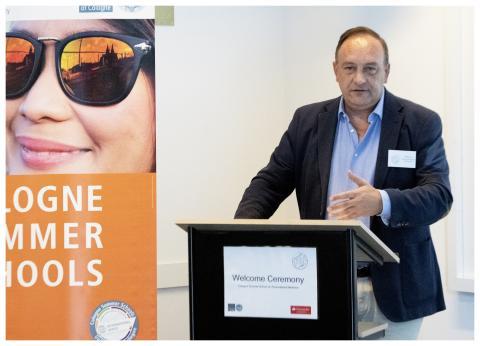 Cologne Summer Schools: Santander fördert internationalen Austausch