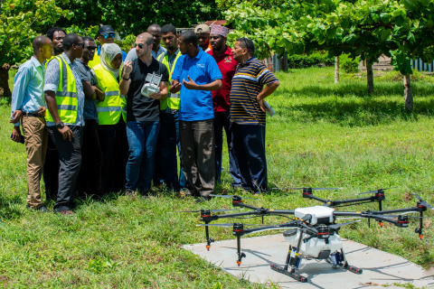 Training session on the DJI Agras MG1-S spray drone against malaria