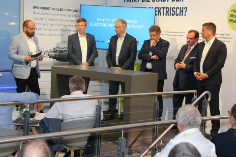 "-	First ""Electric Networking Night"" at the transport logistic trade fair in Munic"