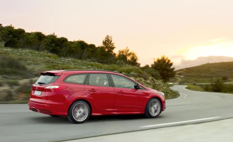 Ford Focus ST, stasjonsvogn i salg fra sommeren 2012