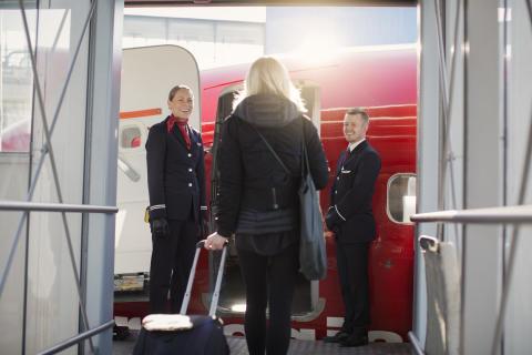 Norwegianin matkustajamäärä kasvoi ja täsmällisyys parani maaliskuussa