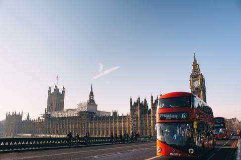 Öffentliches Webinar: 2021 doch noch im Ausland studieren?