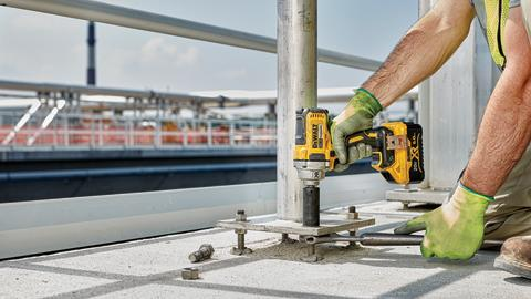 """DEWALT® Debuts TOOL CONNECT™ 20V MAX* XR® 1/2"""" Mid-Range Impact Wrench"""