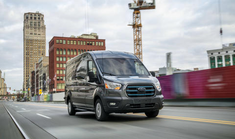 Ford afslører den fuldt elektriske varebil E-Transit
