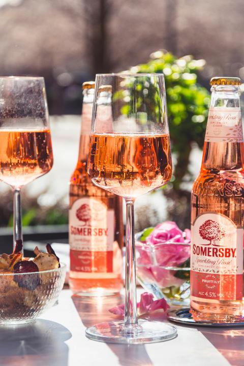 Somersby Sparkling Rosé – en bubblande rosa nyhet