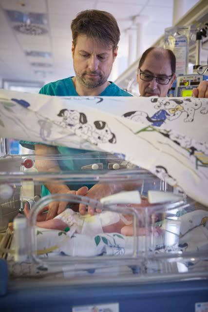 Osteopathie bei Frühgeborenen: VOD unterstützt internationales Forschungsprojekt Ne-O