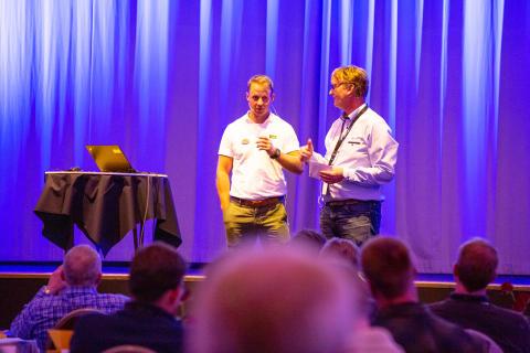 Rolf Kinck introduserer Johan Stenfeldt, Elkomp 2019