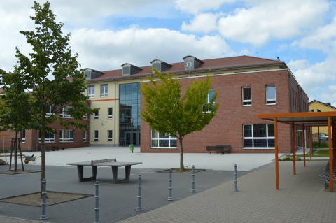 Kreistag spricht sich für Schulstandort Ahrensfelde aus