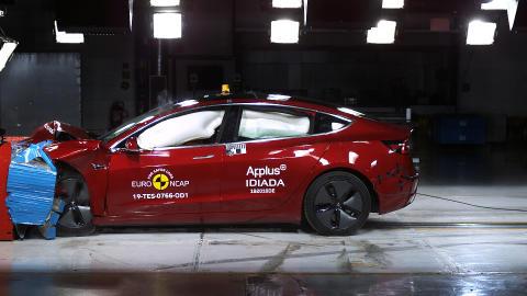 Tesla Model 3 Frontal offset impact test June 2019