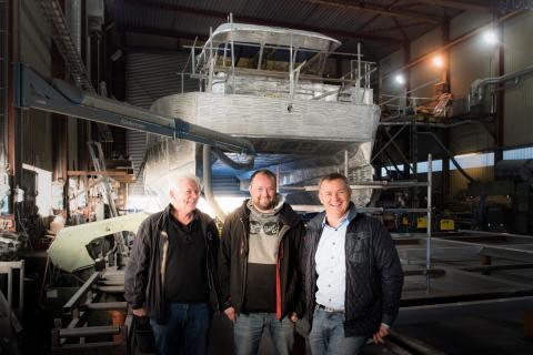 SalMars hybridbåt
