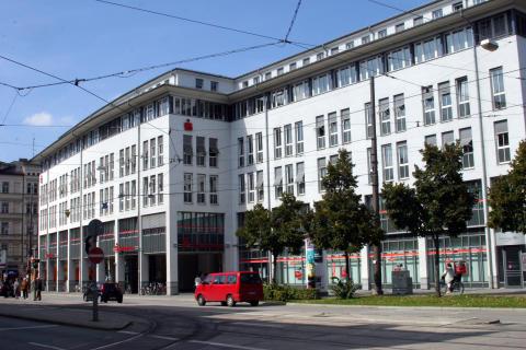 Filiale 4 - Max Weber Platz