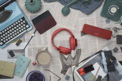 Explore o mundo vibrante do Áudio de Alta Resolução com a nova gama h.ear da Sony