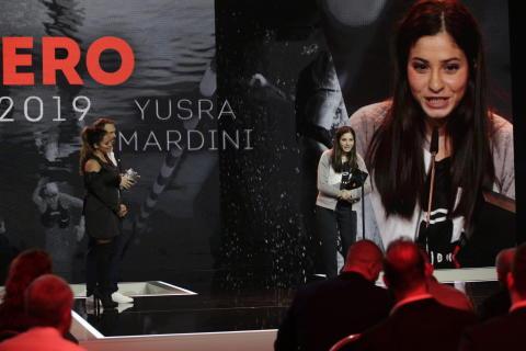 Profischwimmerin Yusra Mardini erhält den Award für ihren Erfolg mit einer bewegenden Geschichte