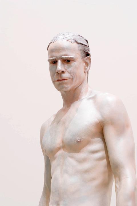 Frank Benson, Human Statue, 2005