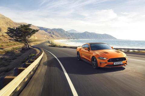 Ford představuje speciální výroční Mustang 55 s motorem 5.0 V8