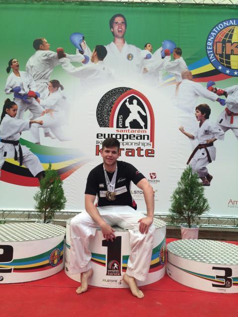Karate kid praises university