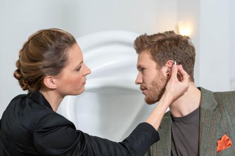 Hörsysteme denken mit – wie künstliche Intelligenz das Hören verbessert