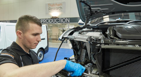 Thatcham Research Hosts the New Wave of Potential Bodyshop Technicians for Apprentice Week