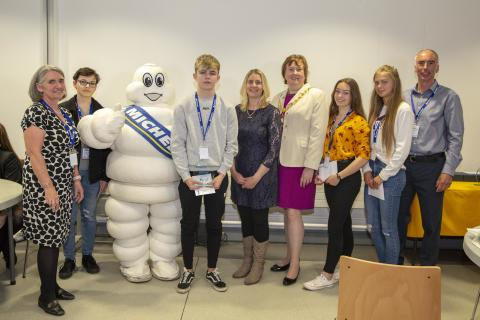 Junior Apprentice puts Ballymena pupils on a learning curve in business
