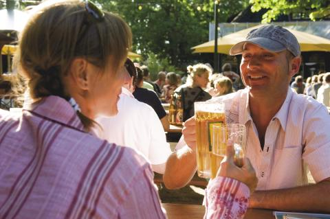 Parkplatz gesperrt zum Fest der Biere am Kieler Boothafen