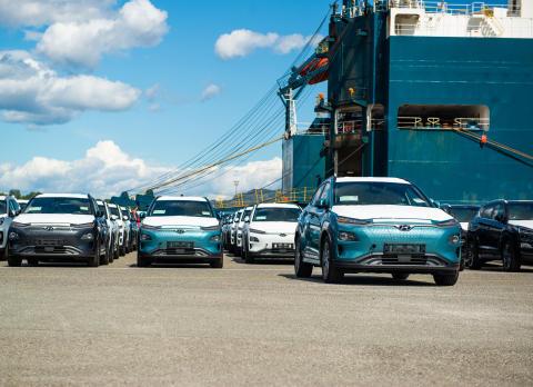 Endelig har første last med KONA electric ankommet Norge