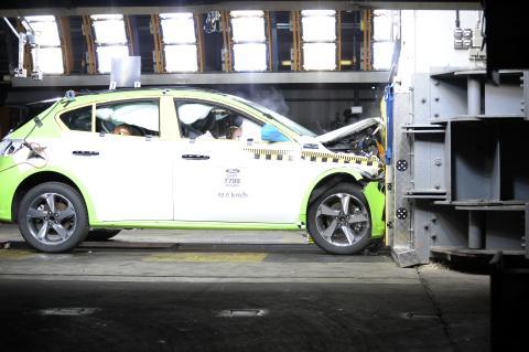 Focus crash test 2