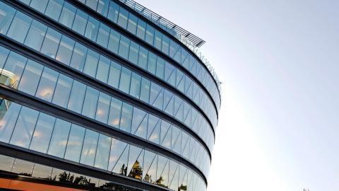 Kiinteistö- ja energia-alan markkinajohtajat Visma Tampuuri ja EnerKey yhteistyöhön