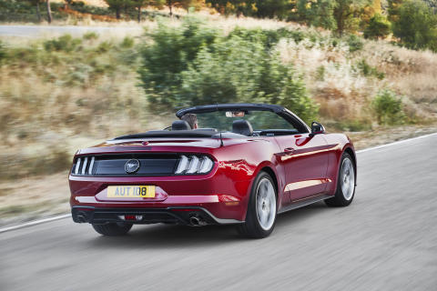 FORD MUSTANG 2017 (5)