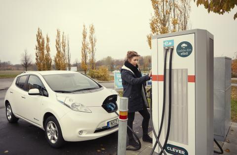 Nissan och CLEVER i samarbete om elbilsladdning