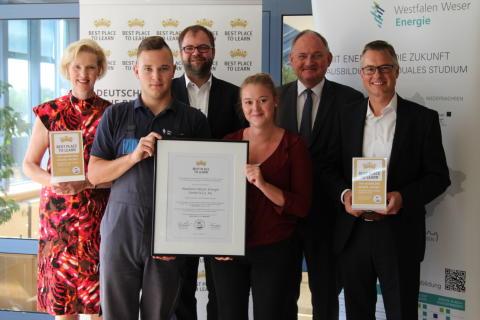 AUBI-plus zeichnet Westfalen Weser Energie-Gruppe aus - Best place to learn für betriebliche Ausbildung
