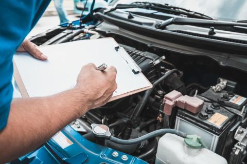 Derfor bør du tage din bil til serviceeftersyn