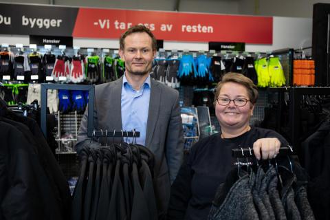 Sondre Opheim, regiondirektør i Optimera, og Angelique Vargmo, daglig leder i Optimera Proffsenter Ulven, gleder seg til åpning