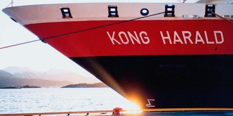 Hurtigruten modify ships for shore power