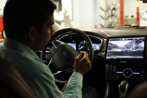 Ford begynner testing av selvkjørende  biler på offentlig vei i California