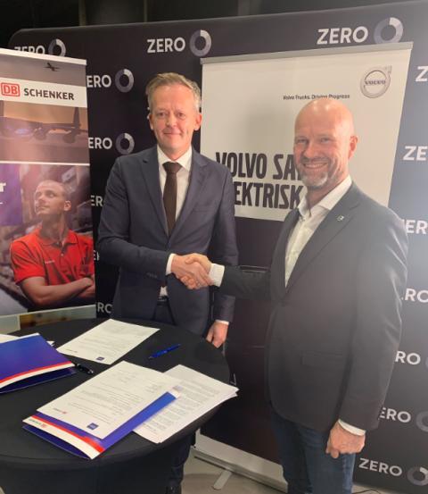 Ny intensjonsavtale om kjøp av el. lastebiler mellom Schenker og Volvo