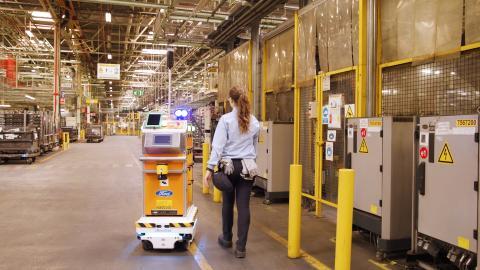 """  Selvkjørende """"verktøykasse"""" gjør livet lettere for Fords ansatte"""