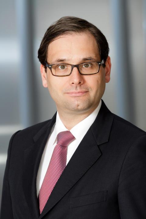 Dr. Alexander Bernert