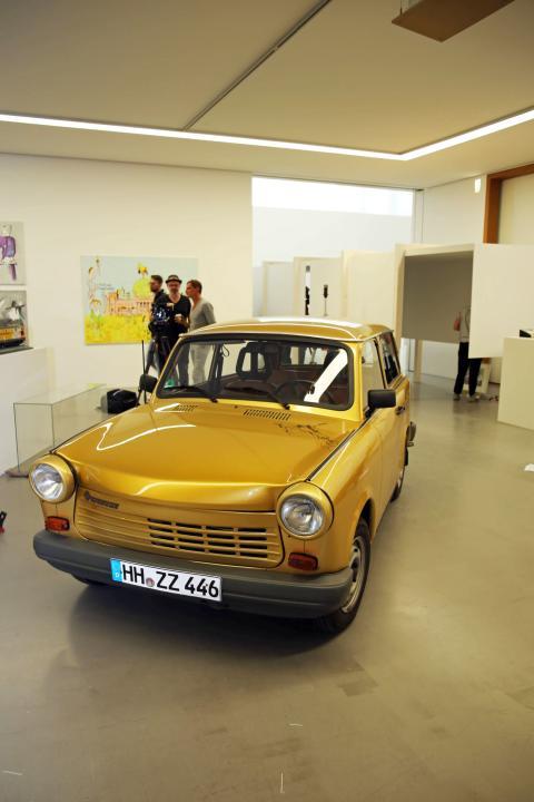 Udo Lindenberg - Zwischentöne: Ausstellung im Museum der bildenden Künste Leipzig - Lindenbergs goldener Trabant