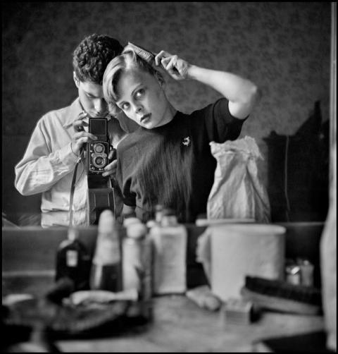 Ο Elliott Erwitt πρόκειται να τιμηθεί με το Βραβείο Εξαιρετικής Προσφοράς στη Φωτογραφία στα  Sony World Photography Awards 2015