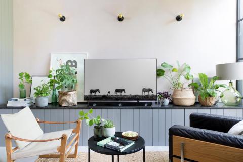 Living Room style with Sony ZF9 Soundbar 3b