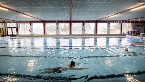 Göteborgs Stad stänger simhallar, gym och allmänhetens skridskoåkning på grund av skärpta råd
