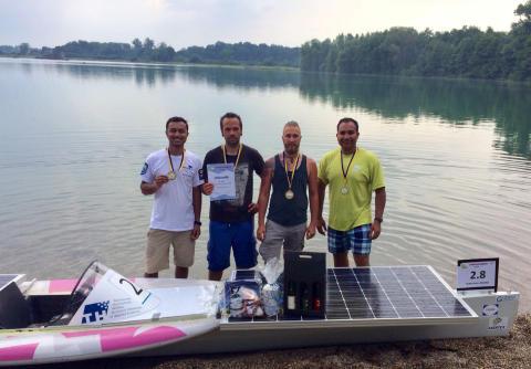 """Vierter Sieg in Folge: Team der TH Wildau mit dem Eigenbau """"SUNcaTcHer"""" auch bei der Solarboot-Regatta in Neuburg/Südpfalz vorn"""