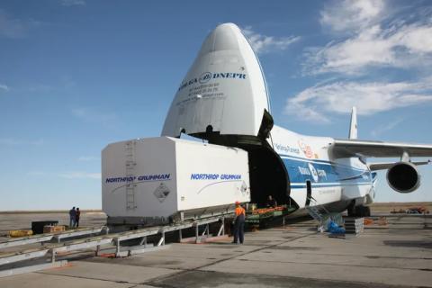 Satelita EUTELSAT 5 West B w Kosmodromie Bajkonur