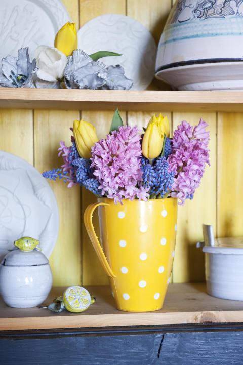 Vårlig blomsterlöksbukett