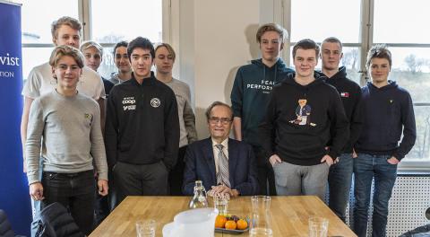 Dopingjägaren Arne Ljungqvist gav viktiga råd till unga idrottskillar